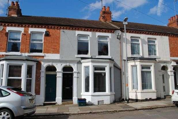 3 Bedrooms Terraced House for sale in Ruskin Road, Kingsthorpe, Northampton NN2 7SY