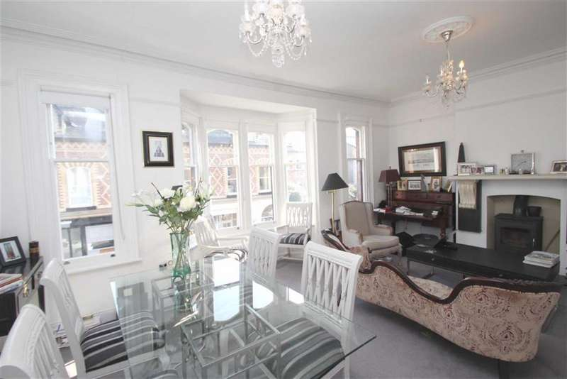 3 Bedrooms Apartment Flat for sale in The Downs, Altrincham