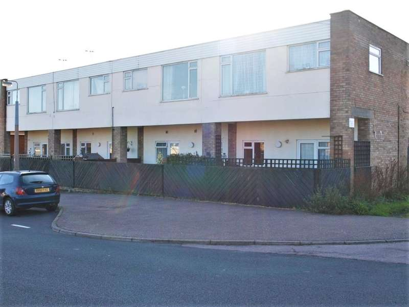 2 Bedrooms Maisonette Flat for sale in Deepdale Road, Harwich