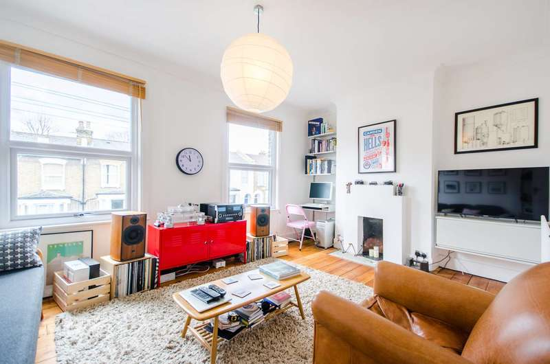 1 Bedroom Flat for sale in Hollydale Road, Nunhead, SE15