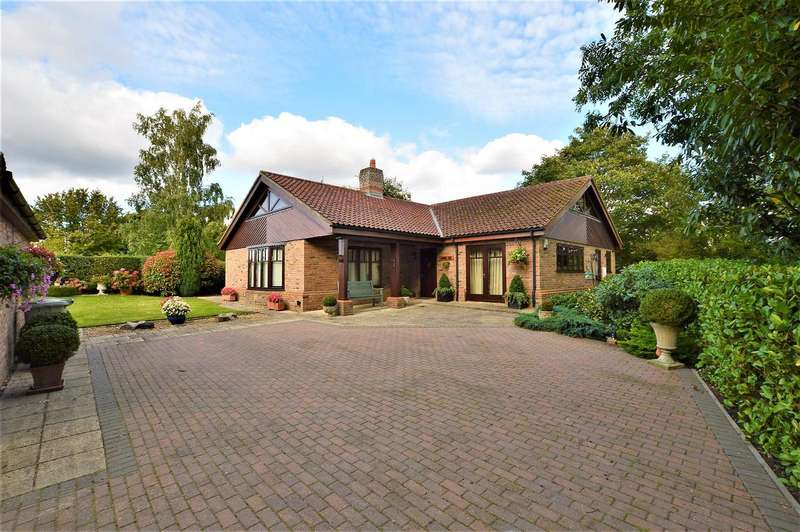 3 Bedrooms Property for sale in Turnpike Road, Ryhall, Stamford