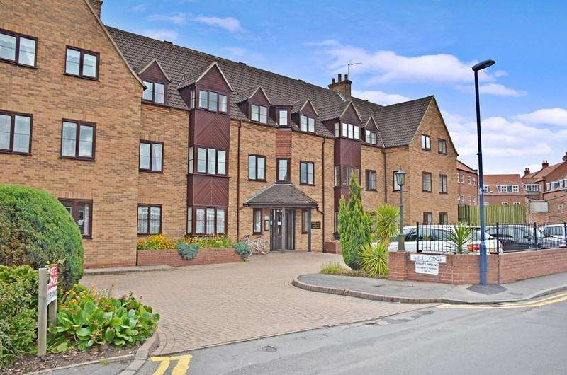 1 Bedroom Apartment Flat for sale in Willoughby Road, Boston