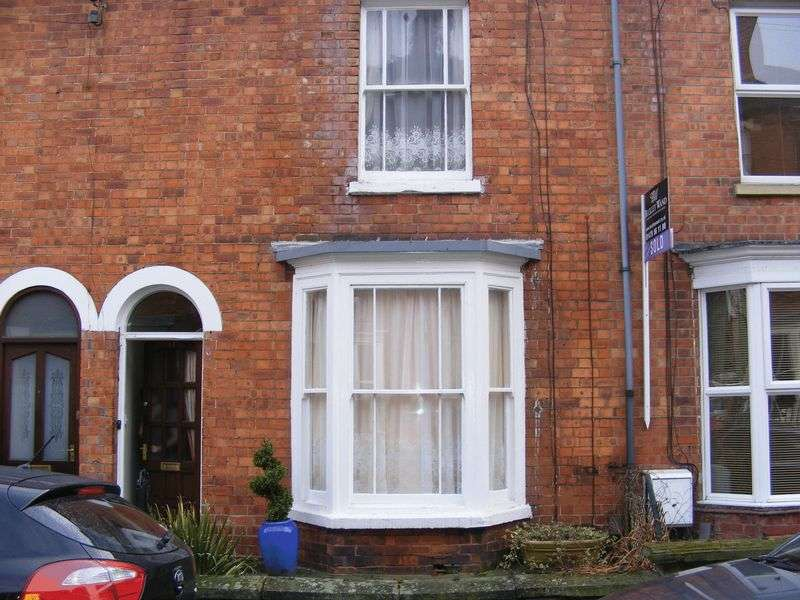 2 Bedrooms Terraced House for rent in Chambers Street, Grantham