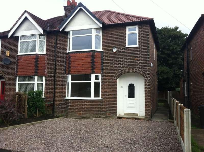 3 Bedrooms Semi Detached House for rent in Belvedere Drive, Bredbury, Stockport, SK6