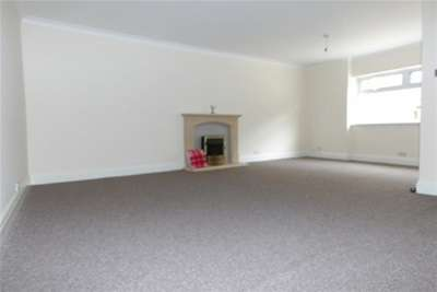 4 Bedrooms House for rent in Main Road, Langwith