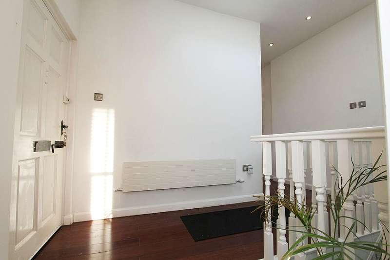 3 Bedrooms Semi Detached House for sale in Brookfield Road, Hackney, London, E9 5AH