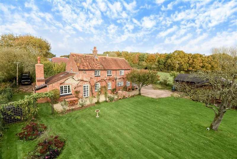 3 Bedrooms Detached House for sale in Higher Burrowton, Broadclyst, Exeter, Devon, EX5