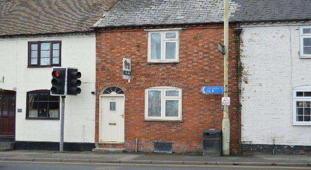 3 Bedrooms Terraced House for sale in 94 High Street, Pershore WR10 1DU