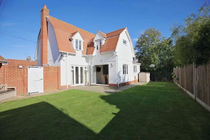 4 Bedrooms Detached House for sale in Chapel Lane, Elmstead Market, CO7 7AG