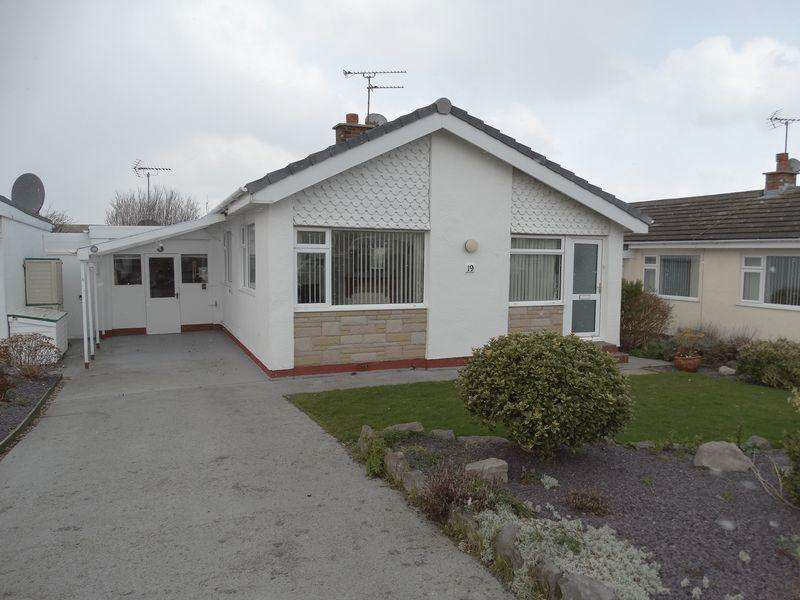2 Bedrooms Detached Bungalow for sale in Canterbury Lane, Colwyn Bay