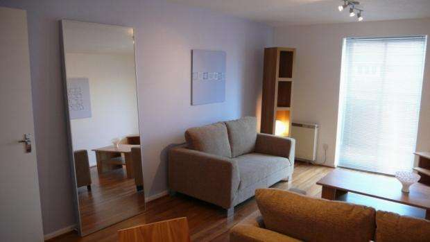 2 Bedrooms Apartment Flat for rent in St Davids Court Sherborne Street Manchester M8 8NT