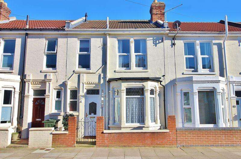 3 Bedrooms Terraced House for sale in Kimberley Road, Eastney Village