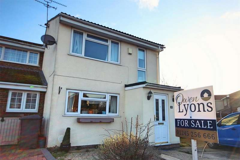 3 Bedrooms Semi Detached House for sale in Petunia Crescent, CHELMSFORD, Essex