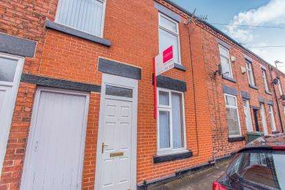3 Bedrooms Terraced House for sale in Burlington Street, Chorley, Lancashire