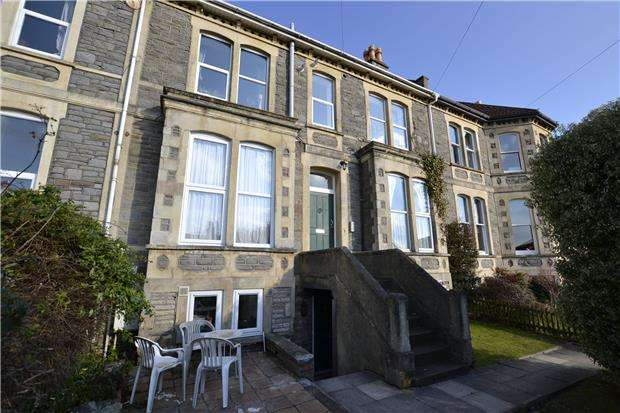 1 Bedroom Flat for sale in Cromwell Road, St. Andrews, Bristol, BS6 5EZ