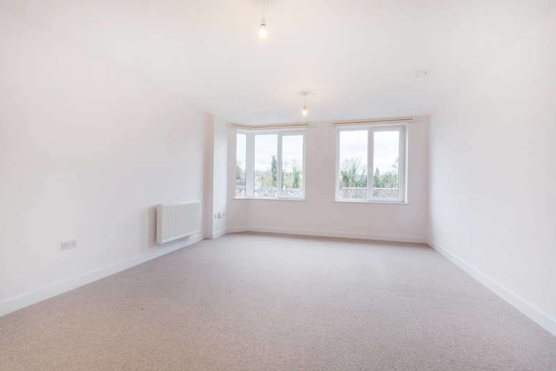 1 Bedroom Flat for sale in Sutton Court Road, Sutton, SM1