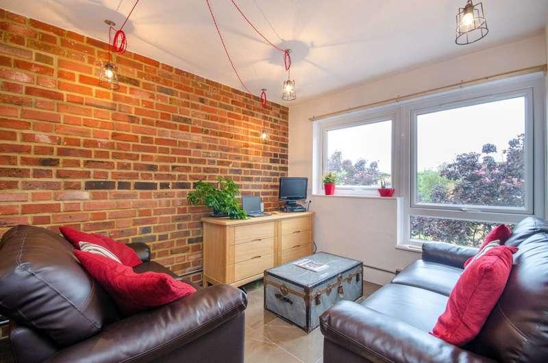 1 Bedroom Flat for sale in Horton House, New Cross, SE15