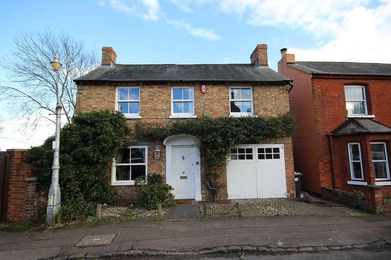 4 Bedrooms Detached House for sale in Arthur Street, Ampthill, Bedford, MK45