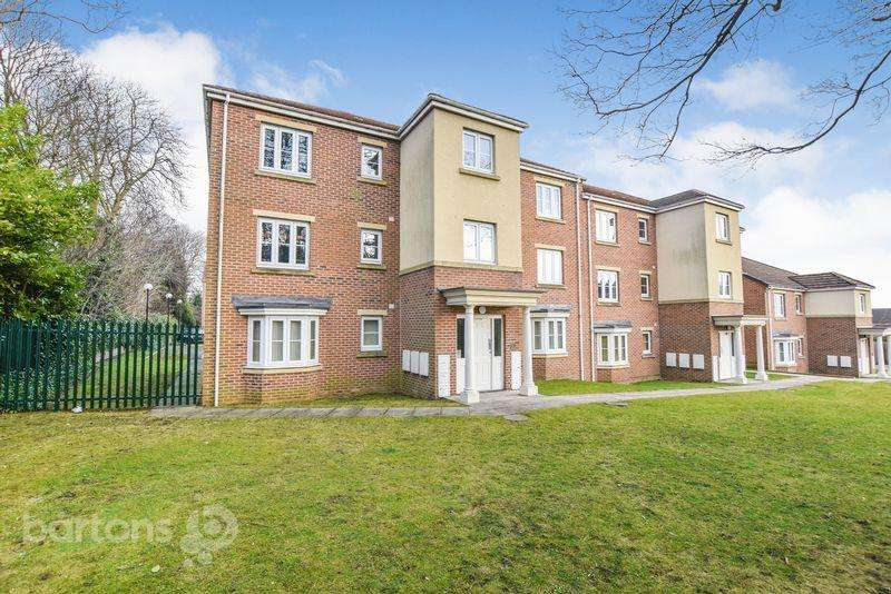 2 Bedrooms Apartment Flat for sale in Lane End View, Off Spinneyfield