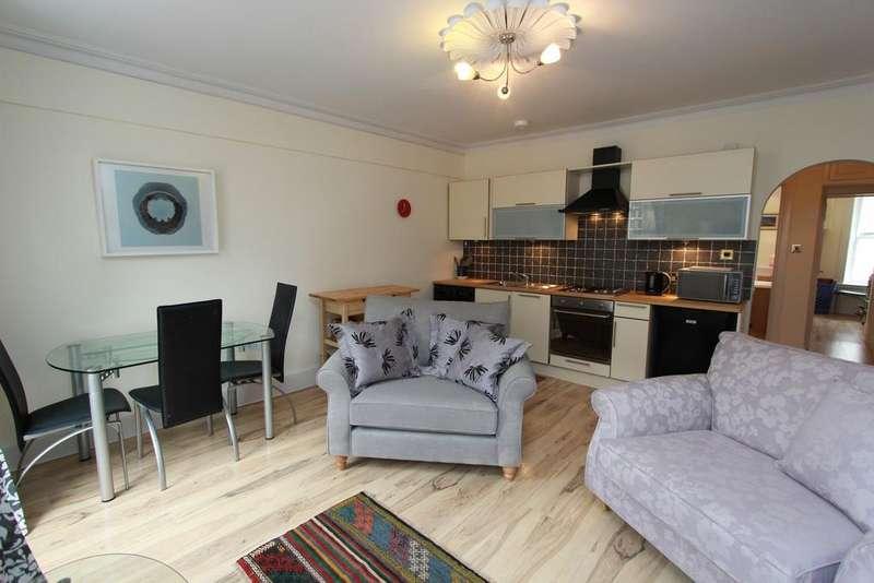 2 Bedrooms Flat for rent in William Street, Edinburgh EH3