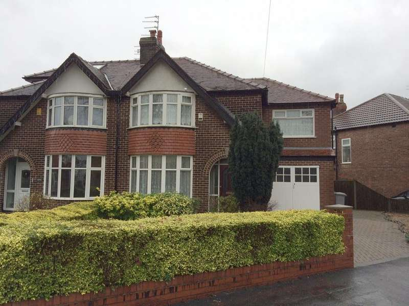4 Bedrooms Semi Detached House for rent in Mossdale Road, Sale M33