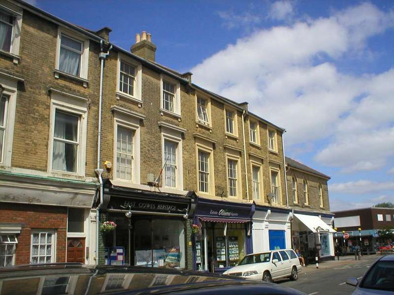 3 Bedrooms Maisonette Flat for rent in Clarence Road, East Cowes PO32