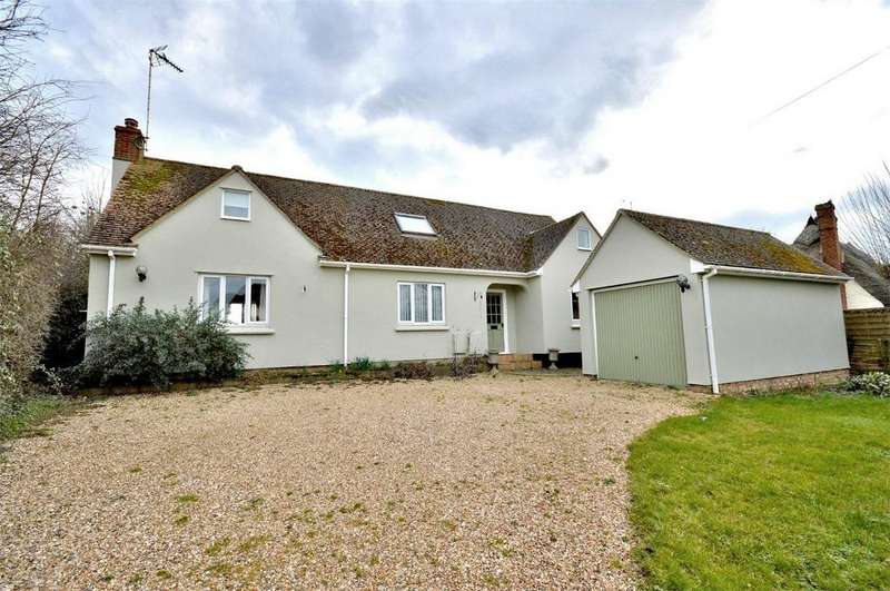 4 Bedrooms Chalet House for sale in Appledore, Bardfield Road, Thaxted, Nr Great Dunmow