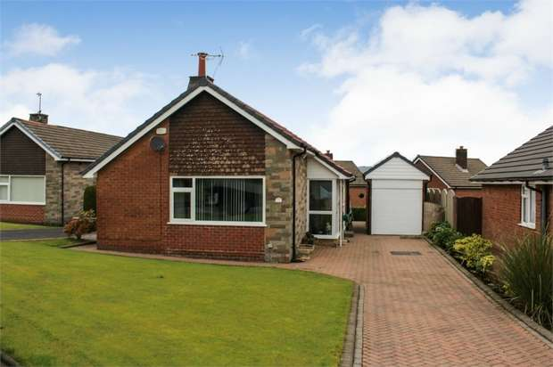 3 Bedrooms Detached Bungalow for sale in Whitehill Lane, Bolton, Lancashire