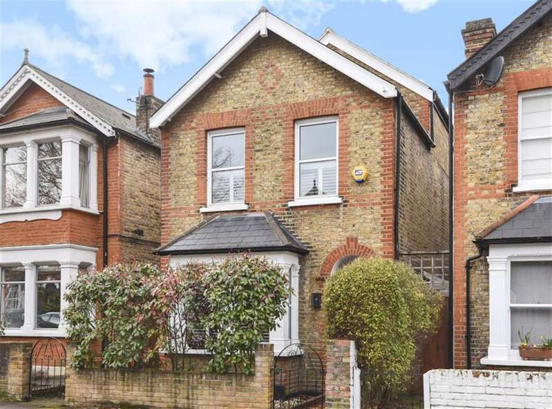 5 Bedrooms Detached House for sale in Cobham Road, Kingston Upon Thames