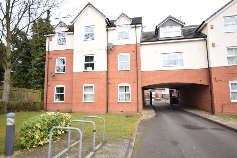 2 Bedrooms Ground Flat for sale in The Avenue, Acocks Green, Birmingham, B27 6NT