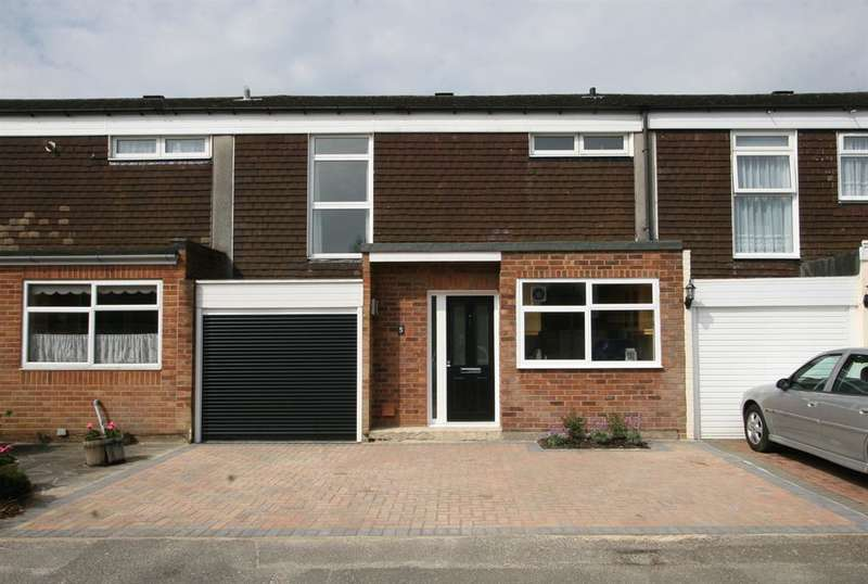 3 Bedrooms Terraced House for rent in Furzefield Close, Chislehurst, BR7 5DE