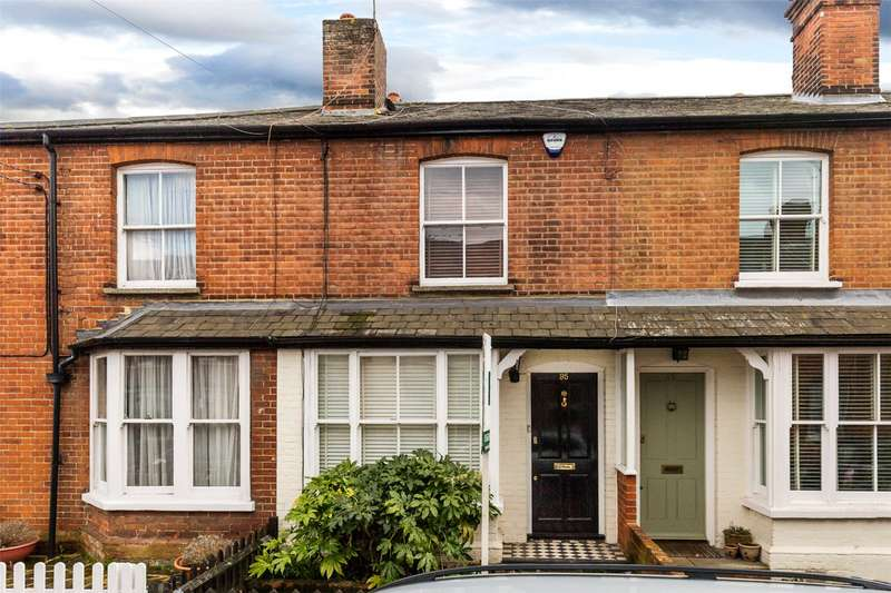 2 Bedrooms Terraced House for sale in Station Road, Marlow, Buckinghamshire, SL7