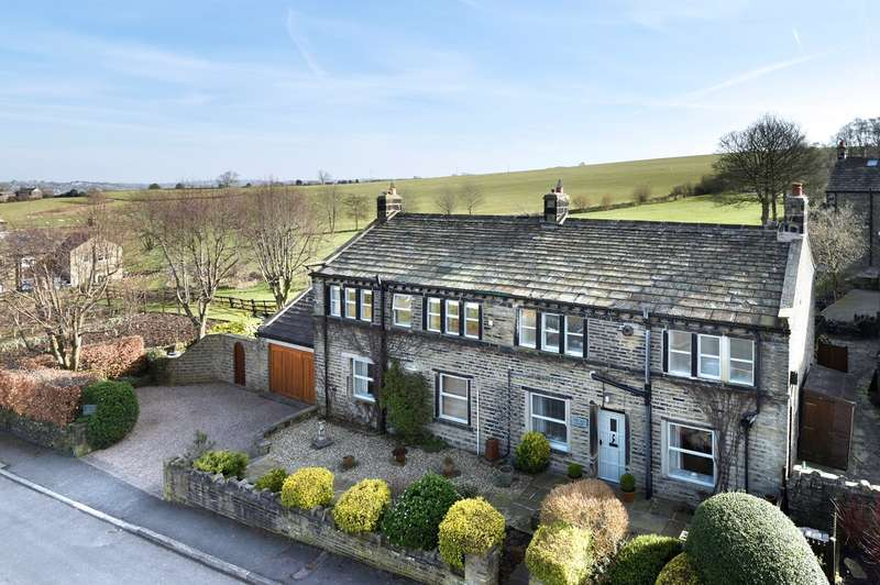 4 Bedrooms Detached House for sale in Tanyard, Thurstonland, Huddersfield, HD4