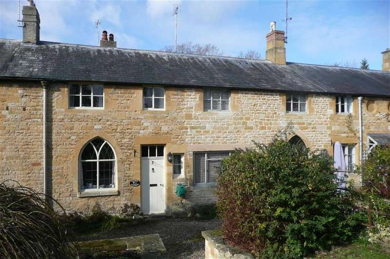 2 Bedrooms Terraced House for rent in The Square, Toddington, Gloucestershire