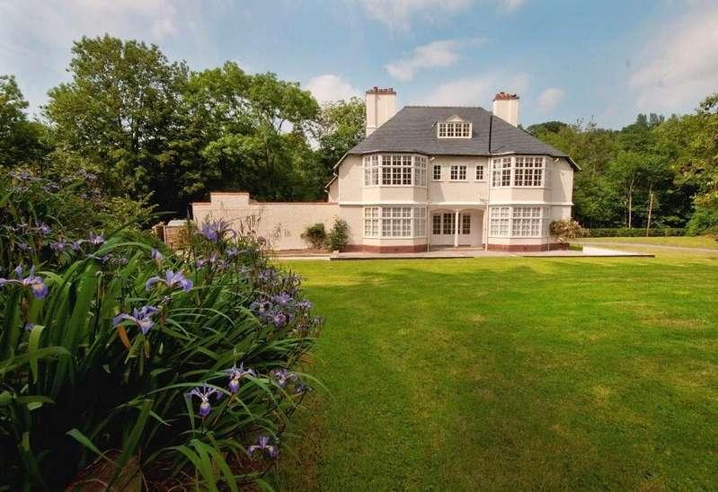 6 Bedrooms Detached House for rent in Brynkinalt Estate, Chirk, Shropshire