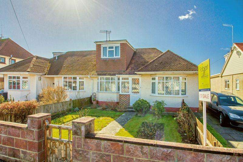 3 Bedrooms Bungalow for sale in Cokeham Road, Lancing