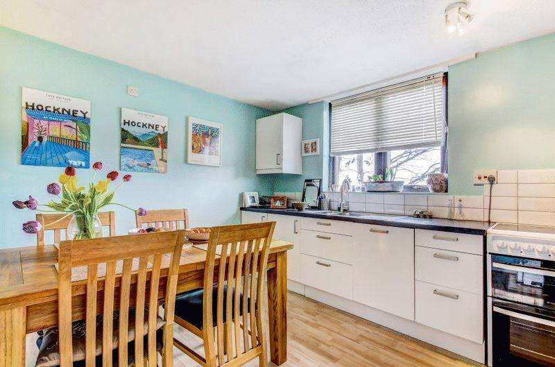 3 Bedrooms Terraced House for sale in Crosby Row, Clifton