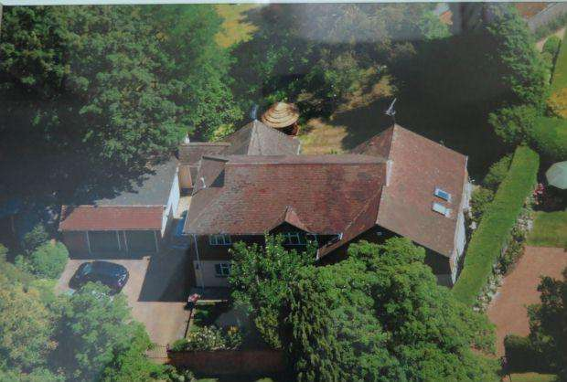 5 Bedrooms Detached House for sale in RARE OPPORTUNITY. RAVENSDALE ROAD, SOUTH ASCOT, SL5 9HL