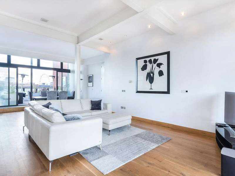 2 Bedrooms Penthouse Flat for rent in Floral Street, Covent Garden, WC2E