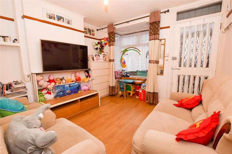 2 Bedrooms Terraced House for sale in Brighton Road, Watford, Hertfordshire, WD24