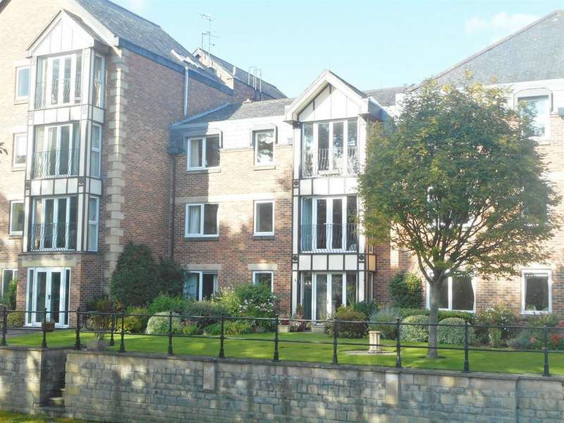 2 Bedrooms Apartment Flat for sale in Riverside House, Williamson Close, Ripon, HG4 1AZ