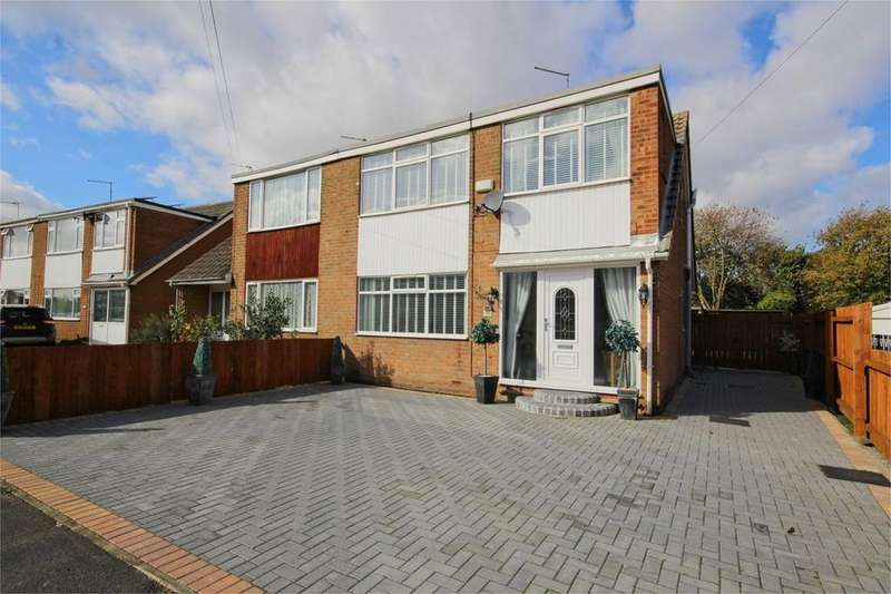 3 Bedrooms Detached House for sale in Coltman Avenue, Beverley, HU17