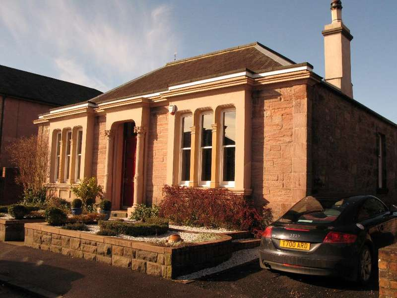4 Bedrooms Detached House for sale in Church Street, Alloa, Stirling, FK10 1DH