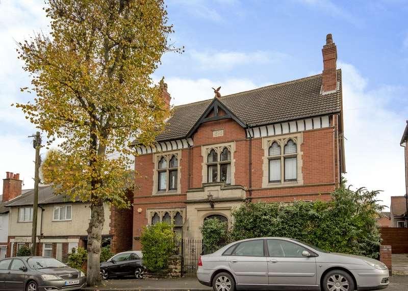 4 Bedrooms Detached House for sale in Lord Haddon Road, ILKESTON, Derbyshire, DE7