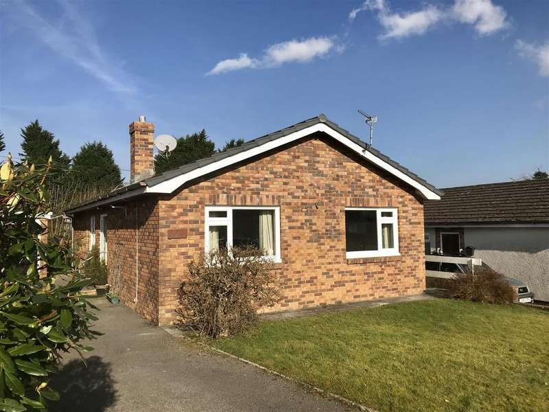 3 Bedrooms Bungalow for sale in Lon Rhys, Llandeilo
