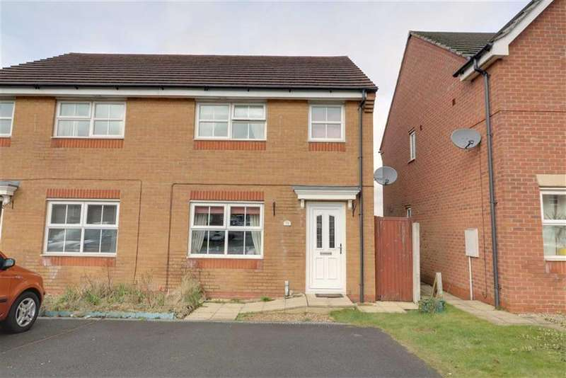 3 Bedrooms Semi Detached House for sale in Onsetter Road, Berry Hill, Stoke-on-Trent