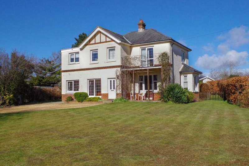 4 Bedrooms Detached House for sale in Upper Hyde Lane, Shanklin