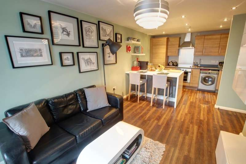 2 Bedrooms Flat for sale in Green Lane, Gateshead, NE10