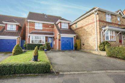 4 Bedrooms Detached House for sale in Millers Way, Houghton Regis, Dunstable, Bedfordshire