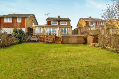 3 Bedrooms Detached House for sale in Ronaldshay Drive, Richmond, North Yorkshire